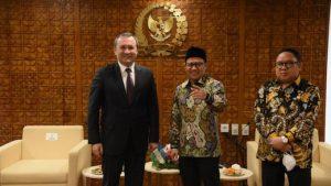 Perkuat Kerja Sama Bilateral, DPR Terima Kunjungan Duta Besar Uzbekistan
