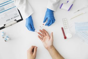 Test COVID di Rumah: Mengenal Rapid Test, Swab dan PCR Secara Lengkap
